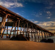 Catho Pier. by Warren  Patten