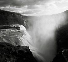 Iceland: Gullfoss by Nina Papiorek