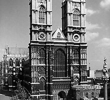 BW UK England London Westminster Abbey 1970s by blackwhitephoto