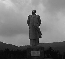 BW China Changsha Mao Tse Tung statue 1970s by blackwhitephoto