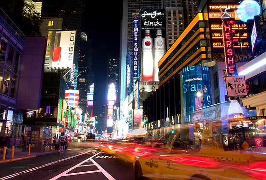 Times Square Speed by luciaferrer