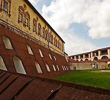 Kirillo-Belozersky Monastery by eddiechui