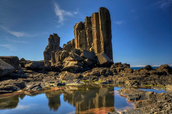 Bombo Reflection. by Warren  Patten