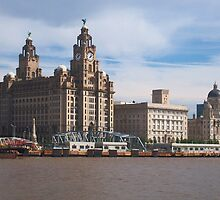 Liverpool from the Mersey ferry by WOBBLYMOL