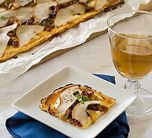 Gluten Free Flourless Pizza with Pears, Candied Bacon and Caramelized Onions by simplyglutenfre