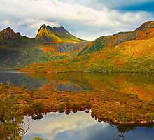 Cradle Mountain in Colour by Neil
