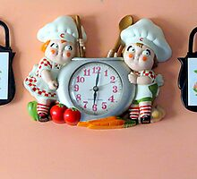 Lunch Time...Vintage Clock by trueblvr