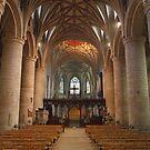 Tewkesbury Abbey, Nave. by Maybrick