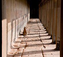 Angkor Wat Corridor by phil decocco
