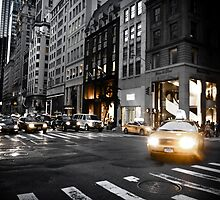 5th Avenue New York by Zoe Roupakia