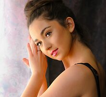 Modelling Beauty by Chris  Randall