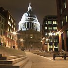 St. Pauls Cathedral, London by Justin Mitchell