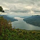 Burragorang Valley by Daniel Carr