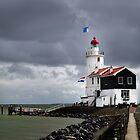 Lighthouse, dark sky by Javimage