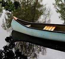 Canoe by Odd-Jeppesen
