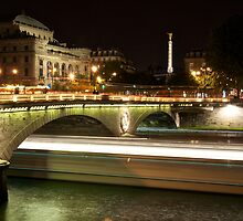 Paris, long exposure on the Seine by SteveHphotos