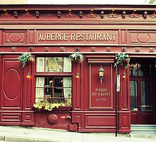 Auberge-Restaurant by Caroline Fournier