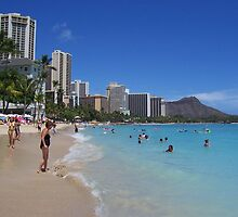 Waikiki Beach and Diamond Head, Honolulu, Hawaii by Richard J. Bartlett