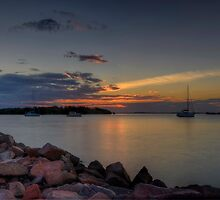 Soldiers Point Sunset. by Julie  White