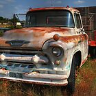 Rusty Chevrolet by zumi