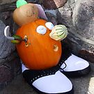 Pumpkin Golfer by Marilyn Bell