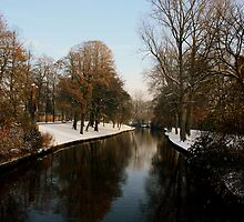 Snowy river in Bruges by copacic