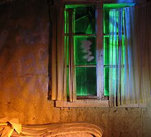 21.10.2012: One Night in Abandoned Farm House I by Petri Volanen