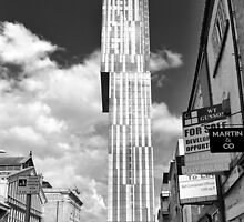 The Beetham tower from Liverpool Road by Martyn Heath