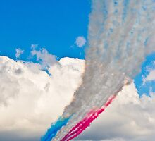 Red Arrows by Adam Carra
