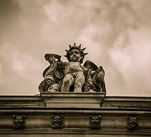 Angel and gargoyle of The Louvre Paris by glymps