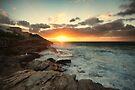 Tamarama Sunrise by yolanda