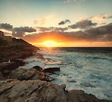 Tamarama Sunrise by yolanda