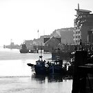 Newhaven West Quay by mikebov