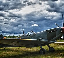 Supermarine Spitfire by jnmayer