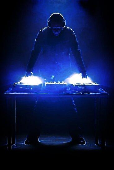 DJ Fractalius by Den McKervey