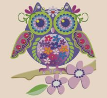Cute Flower Power Owl T-Shirt