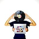 Holding Mylo Xyloto LP by edgaard