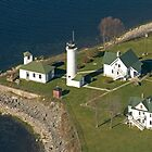 Tibbets Point Light by wolftinz