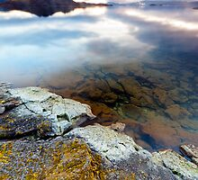 Þingvallavatn lake by Nicholas Jermy