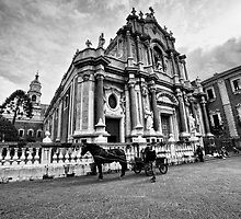 Il Duomo di Catania by Andrea Rapisarda