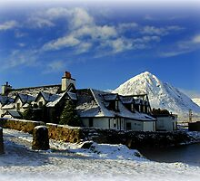 Kings House Glencoe  by Francis  McCafferty