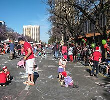 Waiting for the Christmas Pageant - Adelaide by DPalmer