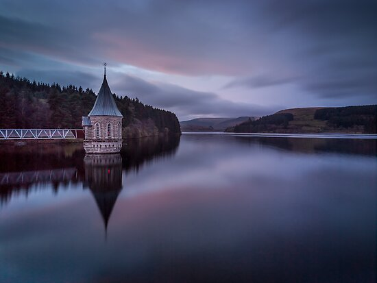 Pontsticill Reservoir by JzaPhotography