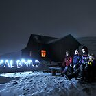 Svalbard light show at Rusanova by Algot Kristoffer Peterson