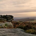 As the sun goes down on Higger Tor by Steven  Lee