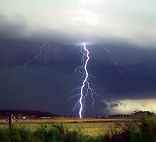 Lightning over the Darling Downs - November 2012 by SouthBrisStorms