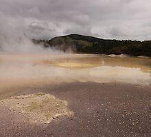 Champagne Pool, Wai-o-tapu, New Zealand by LeahK