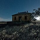 Abandoned Burra Homestead, and Moonset by pablosvista2