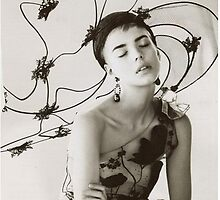 Primodels Review-Model Laura in Vogue by primodels