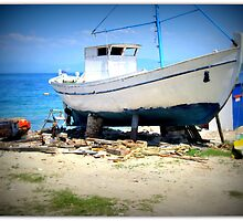 BOAT ON BLOCKS.. by ronsaunders47